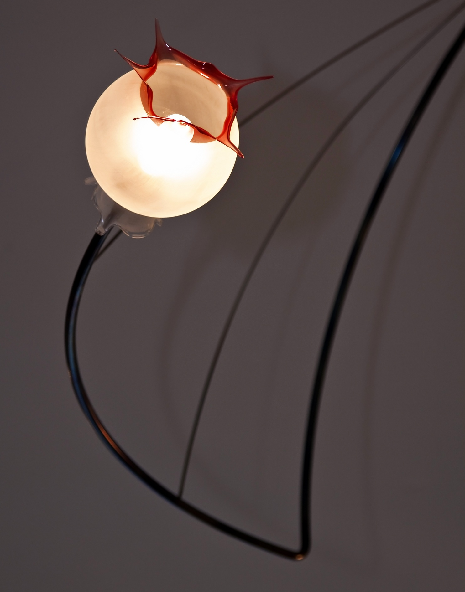 mondgeblazen verlichting van glasblazer Miranda van der Waal